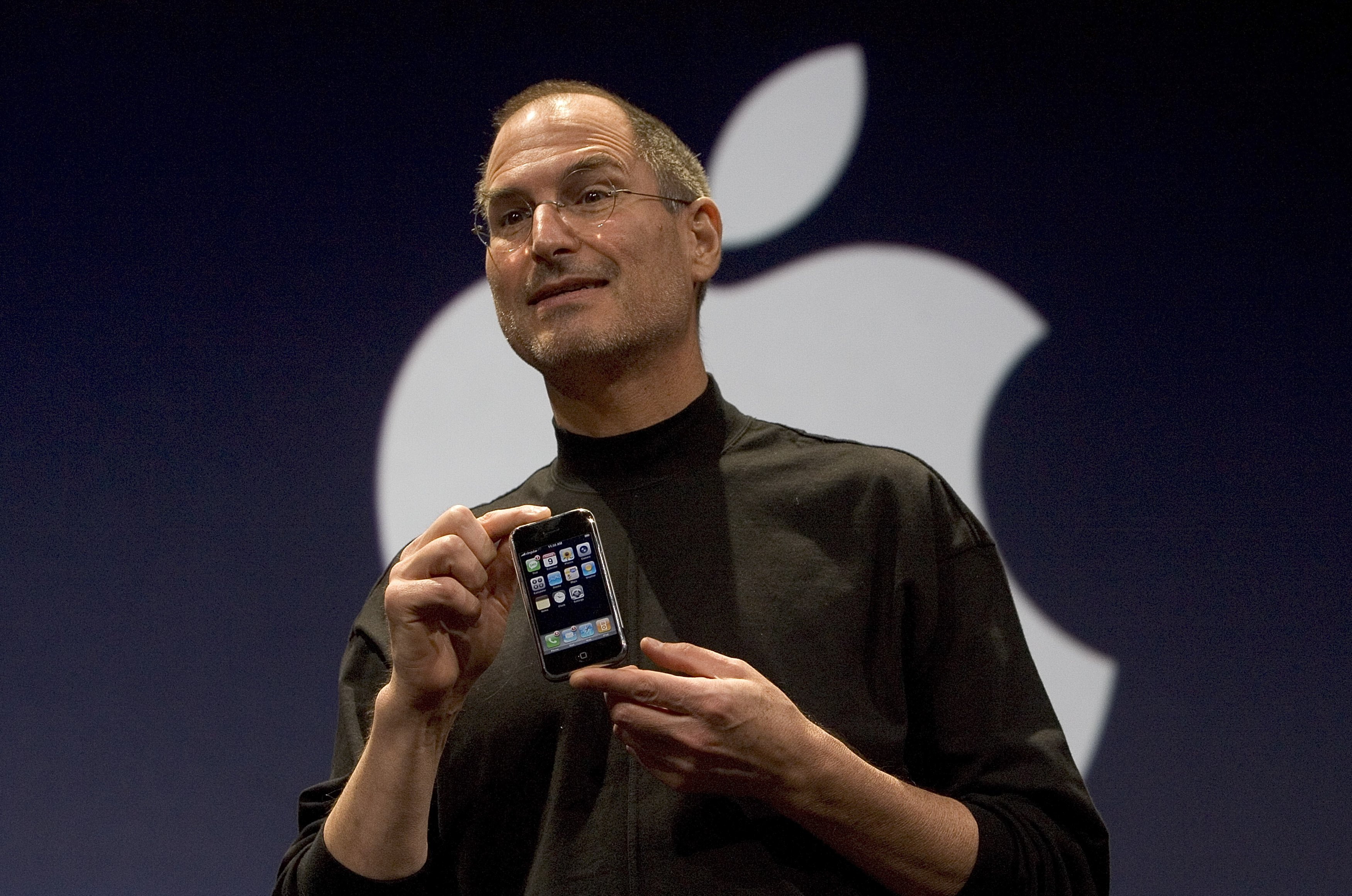 Steve Jobs Unveils Apple iPhone At MacWorld Expo