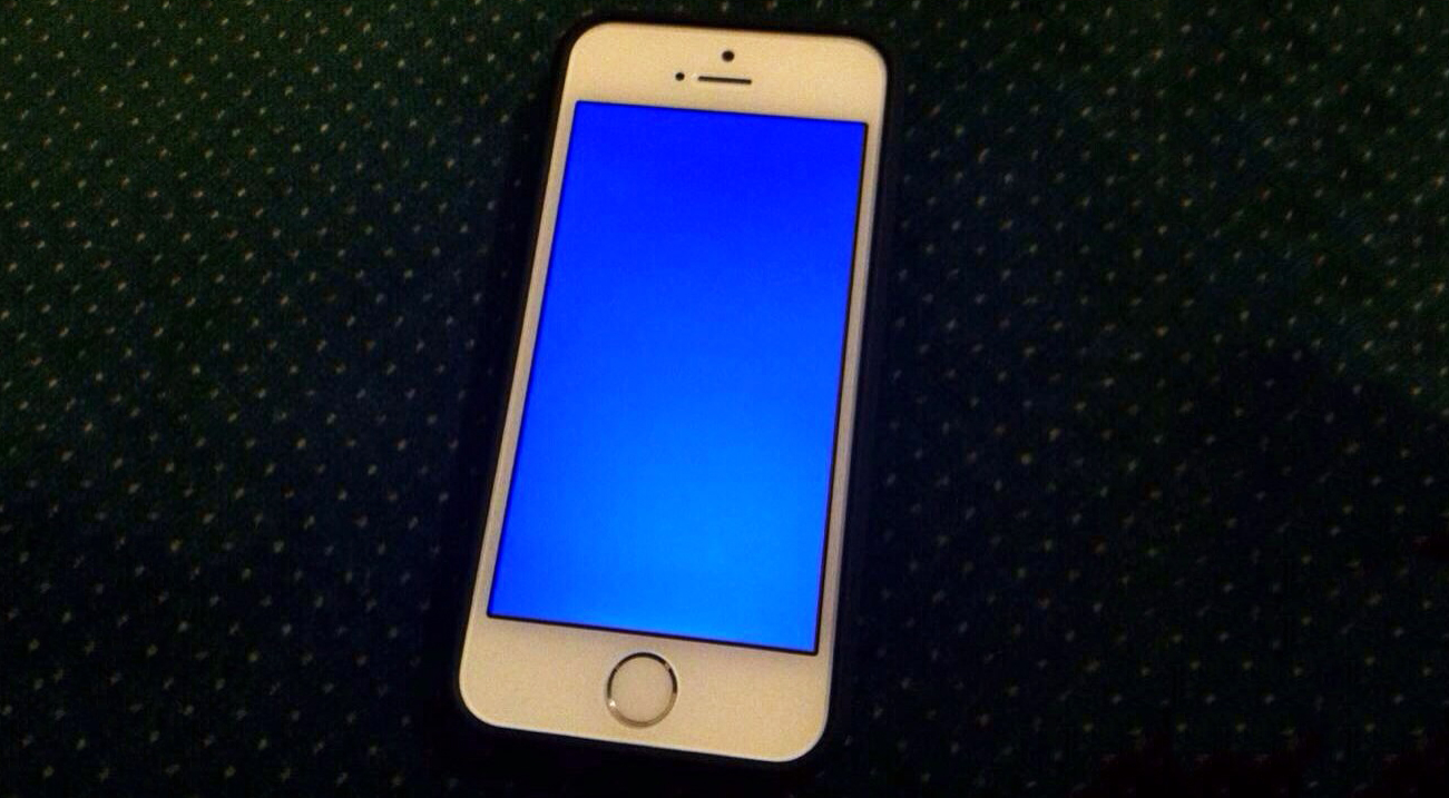 iphone-5s-blue-screen